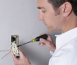 Outlets, Receptacles & Switch Repair & Replacement